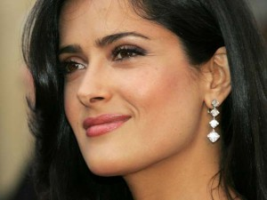 Salma_Hayek_Closeup_smile_12980